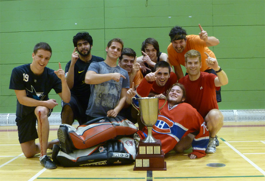 Champion tournoi ligue de hockey cosom à Montréal